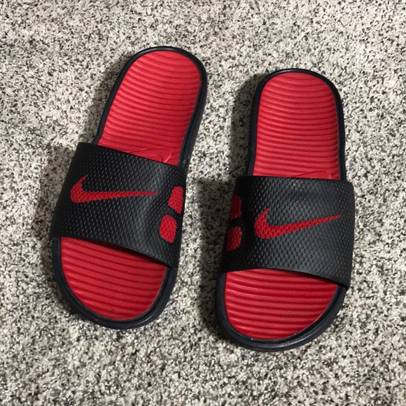 2b7246789 Nike Sandals 🌸Sale price 🔷Firm Price 🔷. M 5b84a2c8f30369ac4047eb77